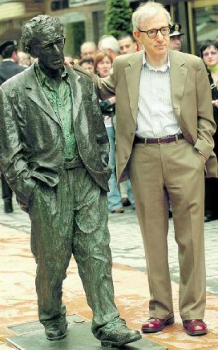Woody Allen, Oviedo (españa)