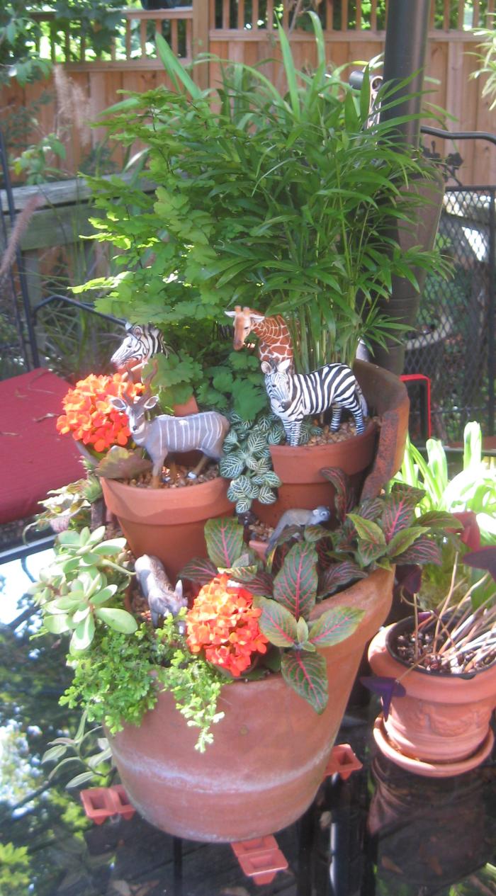 Broken Pot Safari Garden!