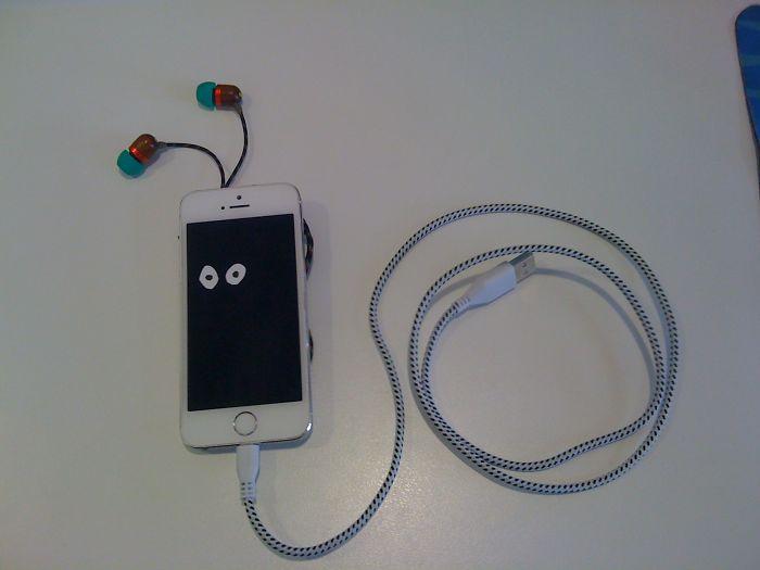 Iphone Snail With Headphone Antennas