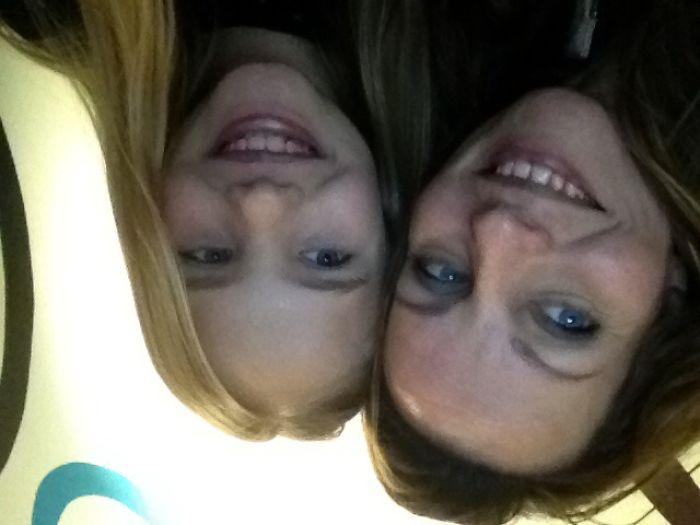 Selfie Look Alike's