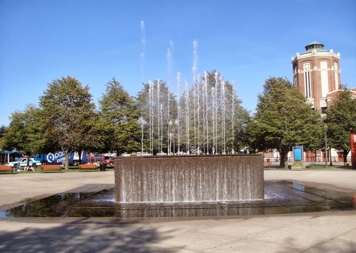 Chicago Navy Pier Park Fountain