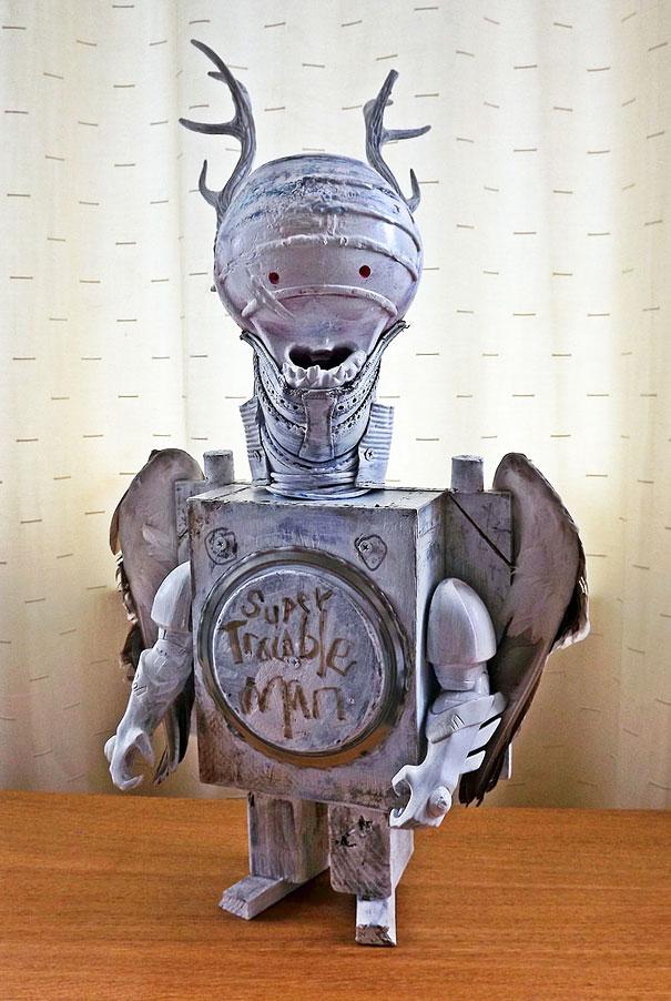robots-sculptures-rubbish-art-stean-madden-6