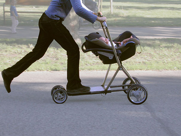 Roller Buggy: Baby Stroller and Scooter Hybrid | Bored Panda