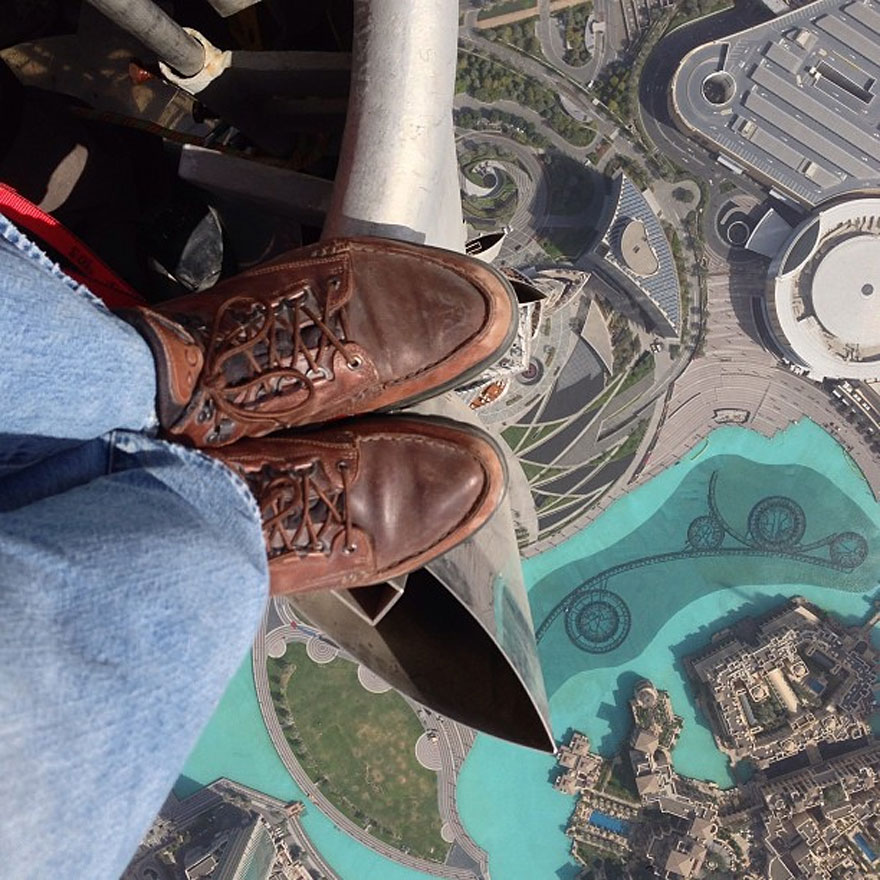 Rooftopping on the Top of the Tallest Building in the World