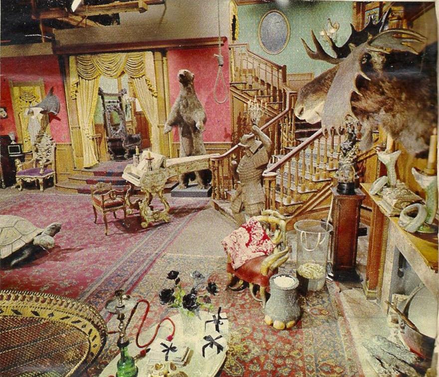 pink-addams-familys-living-room-1