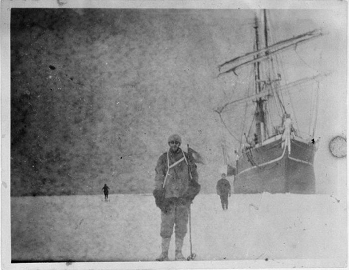 YearOld Box Of Negatives Discovered Frozen In Block Of - 100 year old photos antarctica
