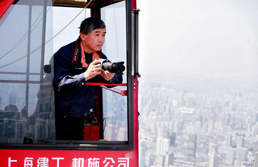 crane-operator-aerial-shanghai-photos-wei-gensheng-1