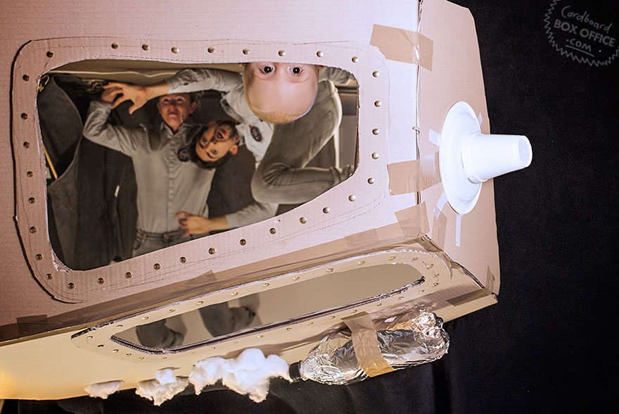 famous-movie-scenes-baby-photography-cardboardboxoffice-11