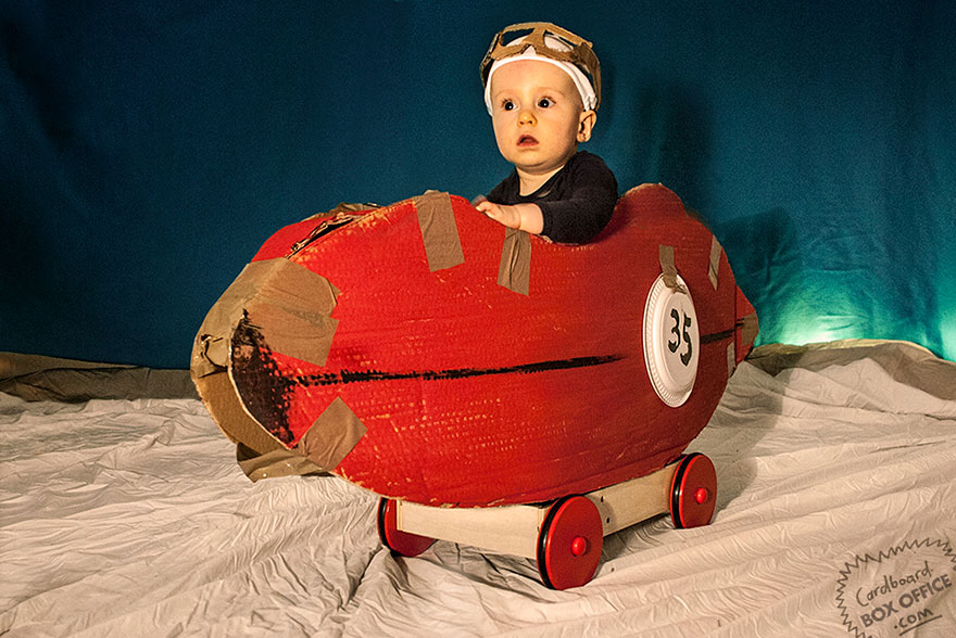 famous-movie-scenes-baby-photography-cardboardboxoffice-9