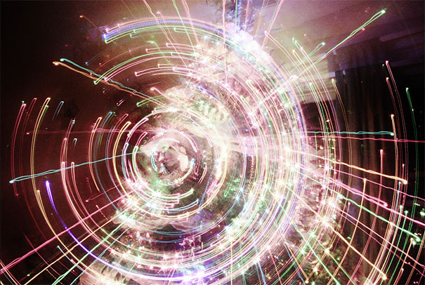 long-exposure-christmas-tree-zoom-out-9