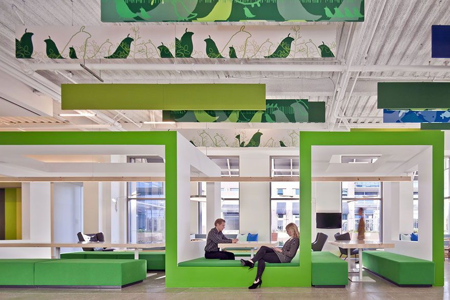 12 of the coolest offices in the world bored panda for Unique office interiors