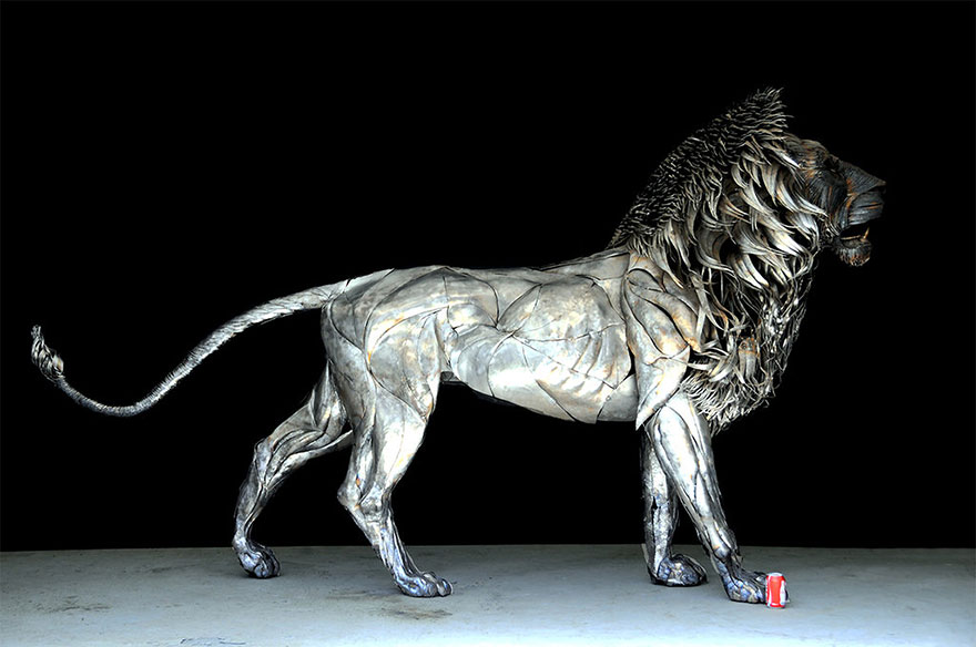 aslan-metal-lion-sculpture-selcuk-yilmaz-1