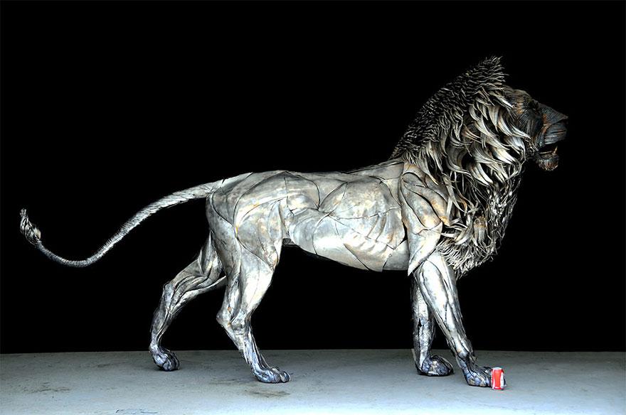 aslan-metal-lion-sculpture-selcuk-yilmaz-1