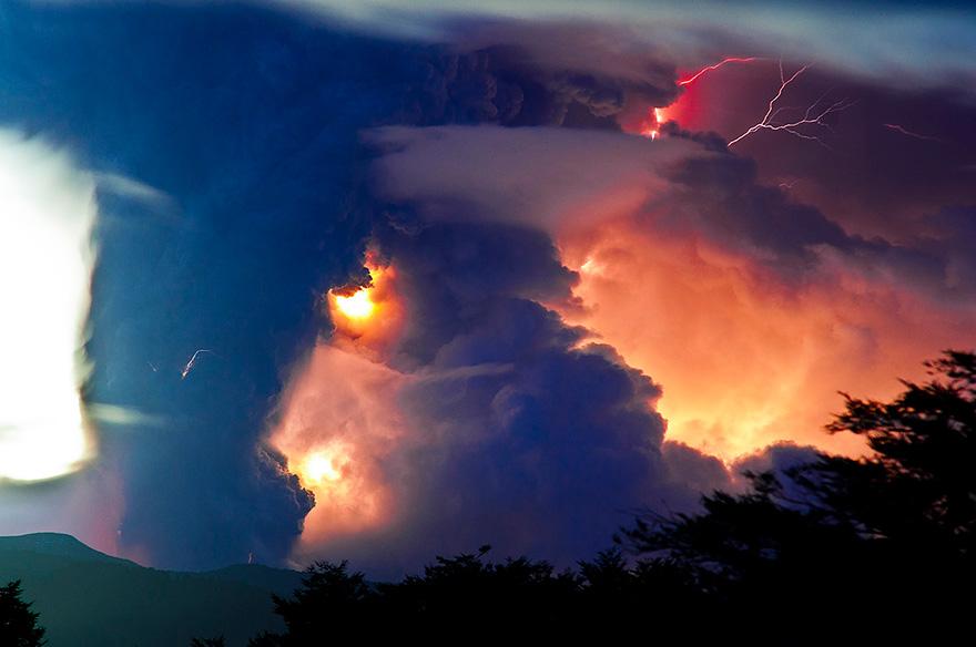 erupted-volcano-chile-francisco-negroni-5