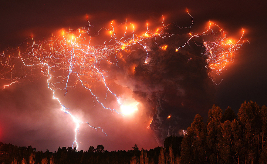 erupted-volcano-chile-francisco-negroni-8