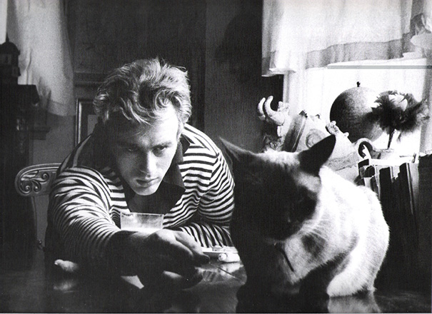 famous-historic-people-with-their-pets-cats-dogs-9