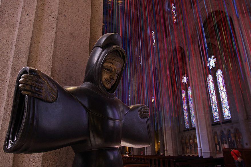 graced-with-light-ribbon-installation-grace-cathedral-anne-patterson-7