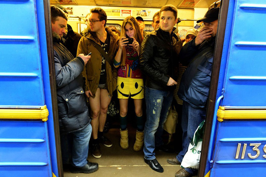 no-pants-subway-ride-2014-4