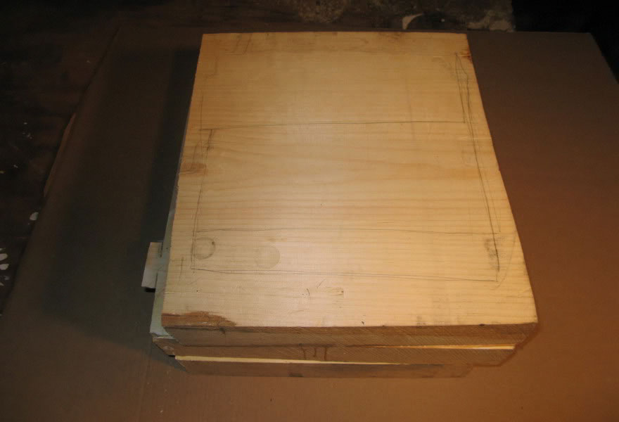 realistic-wood-sculptures-box-of-cash-randall-rosenthal-2