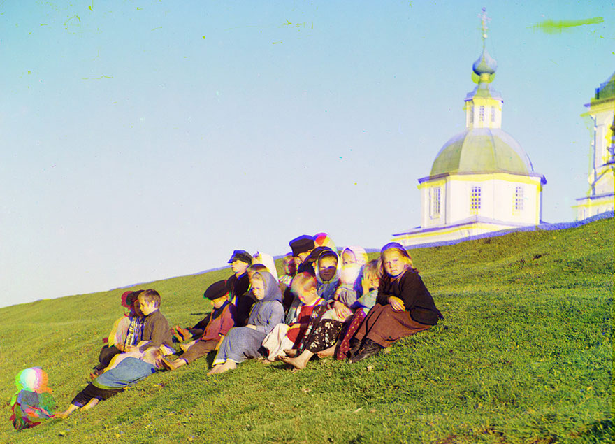 colored-vintage-photos-russia-14