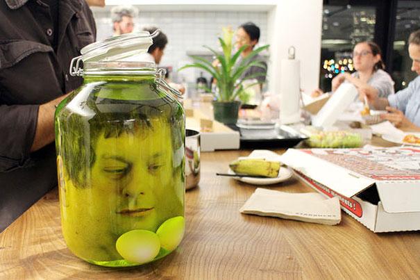 diy-fake-decapitated-head-prank-7