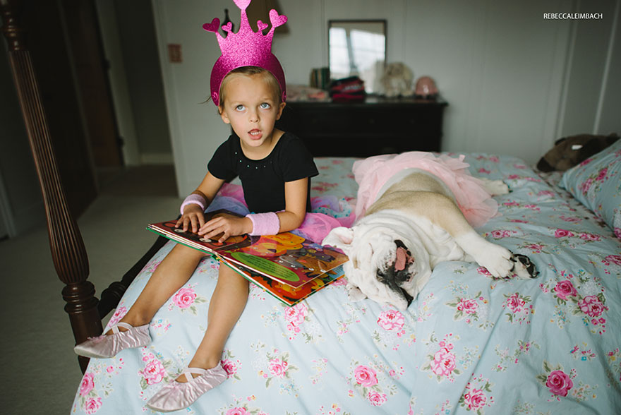 girl-english-bulldog-friendship-photography-lola-harper-rebecca-leimbach-3