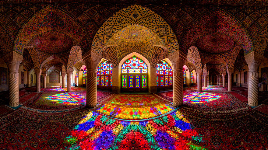 Every morning this stunning mosque is illuminated with for Orientalische wanddeko