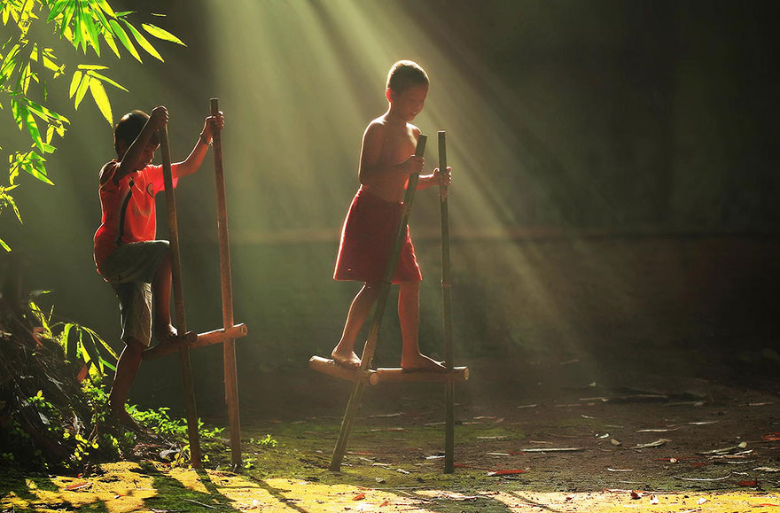 village-life-indonesia-herman-damar-17