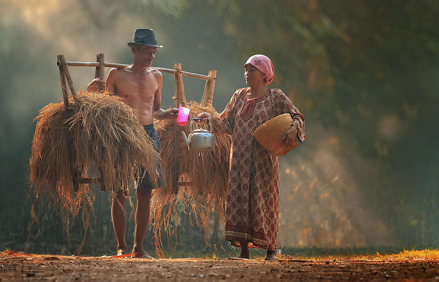 village-life-indonesia-herman-damar-8