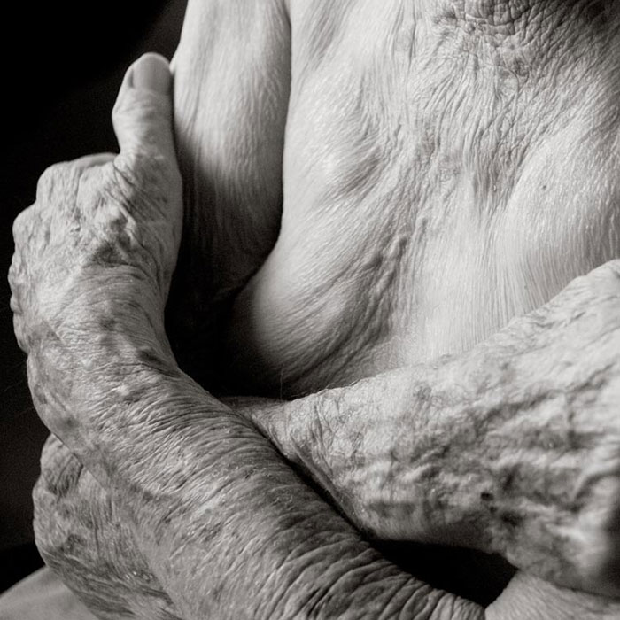 Photographer Reveals What The Human Body Looks Like At Age 100+