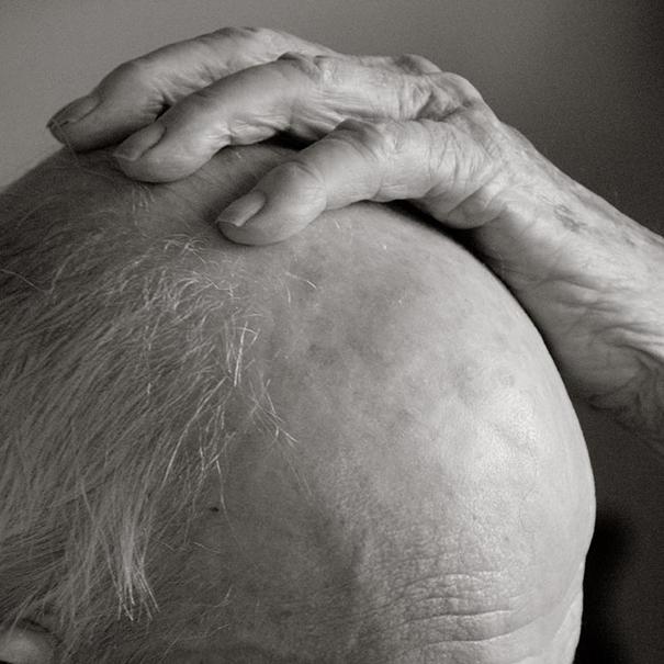 aged-human-body-100-years-old-centenarians-anastasia-pottinger-10
