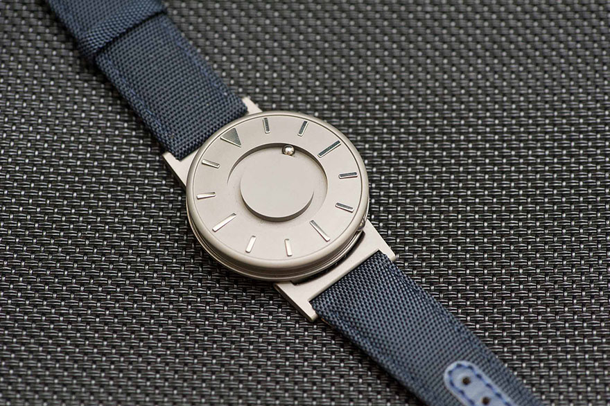 smart watches for so braille made with blind innovative the bad