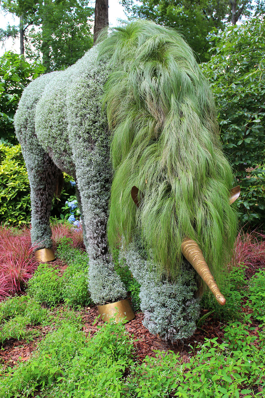 plant-sculptures-imaginary-worlds-atlanta-botanical-garden-14