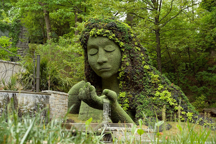 plant-sculptures-imaginary-worlds-atlanta-botanical-garden-4