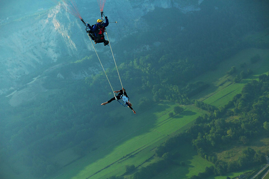 30 Death Defying Photos That Will Make Your Heart Skip A