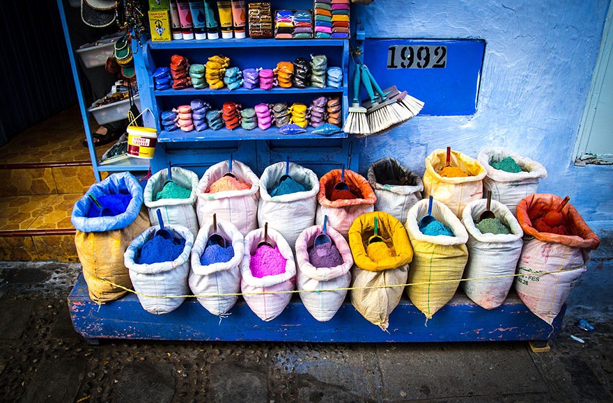 blue-streets-of-chefchaouen-morocco-18