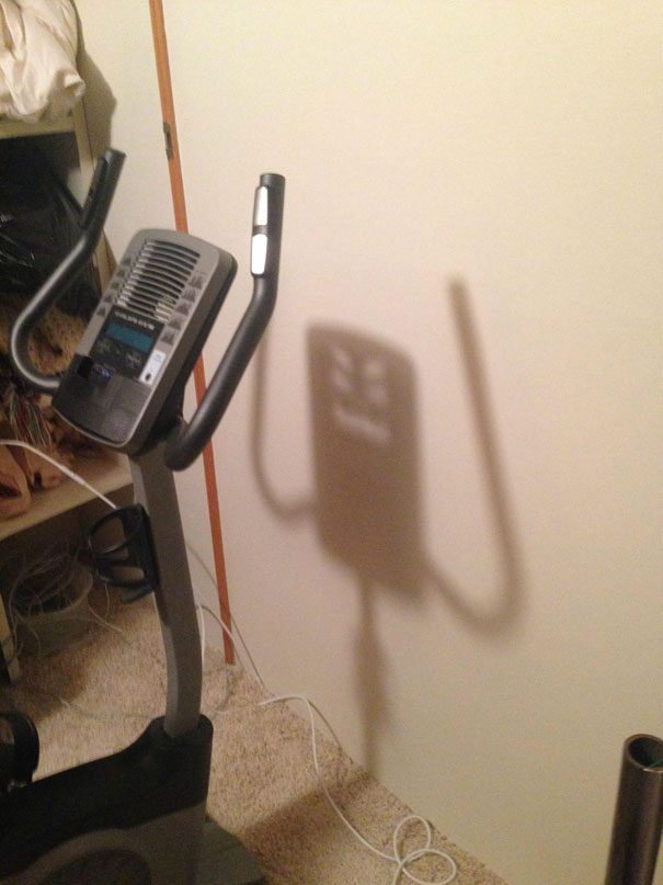 funny-shadow-fails-illusions-1