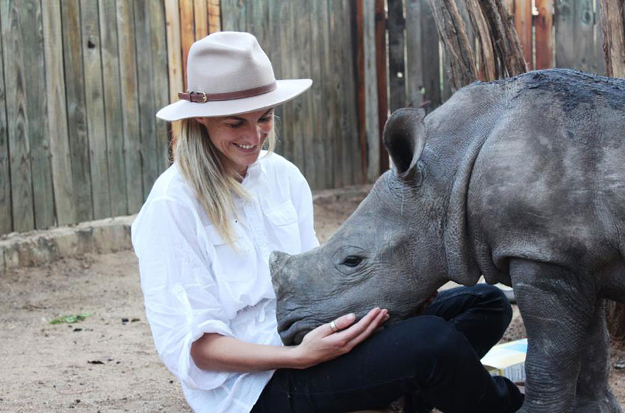 gertje-baby-rhino-rescue-hoedspruit-endangered-species-centre-7