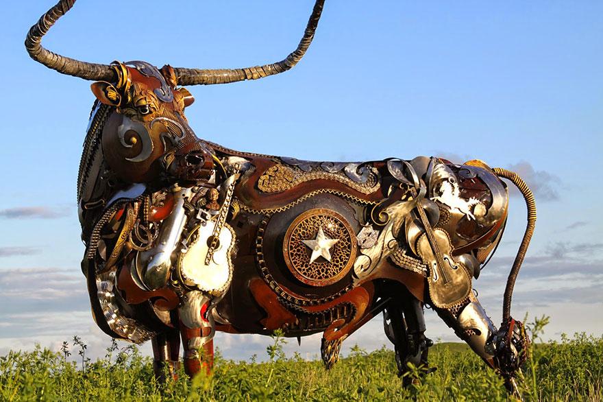 welded-scrap-metal-sculptures-john-lopez-8