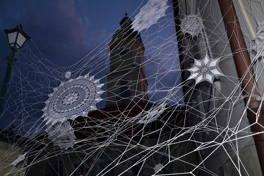 crochet-lace-street-art-nespoon-8