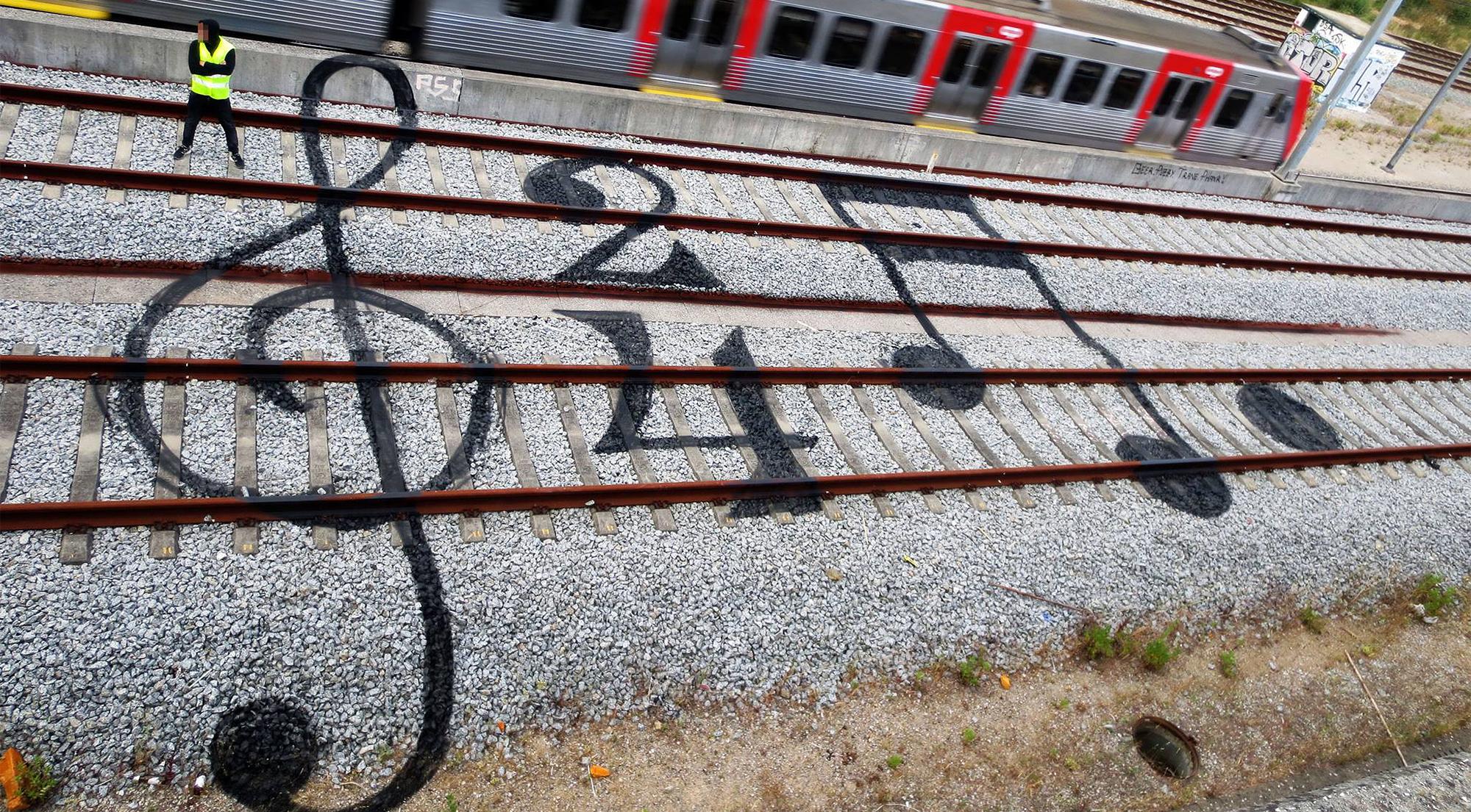 Clever Urban Art On Railroad Tracks By Artur Bordalo