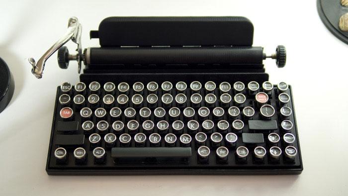 vintage-typewriter-qwerkywriter-usb-keyboard-brian-min-3