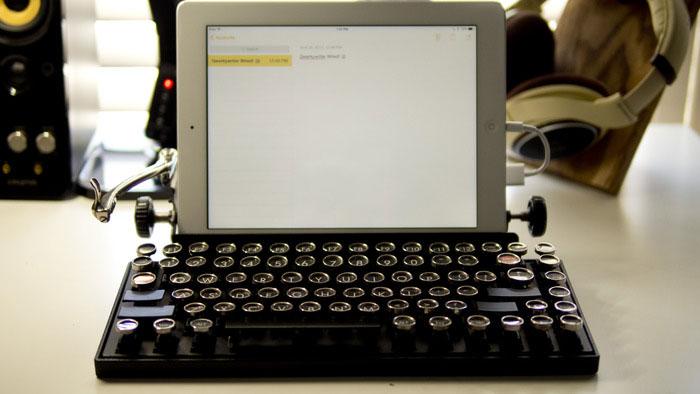 vintage-typewriter-qwerkywriter-usb-keyboard-brian-min-5