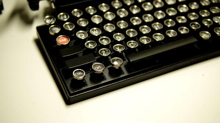 vintage-typewriter-qwerkywriter-usb-keyboard-brian-min-6