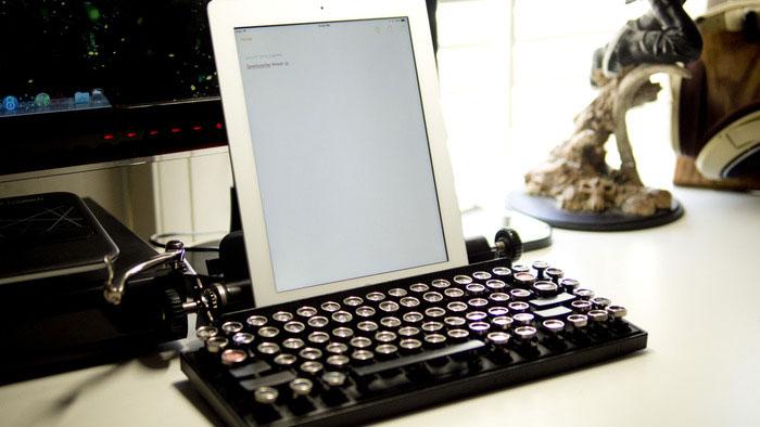 vintage-typewriter-qwerkywriter-usb-keyboard-brian-min-8