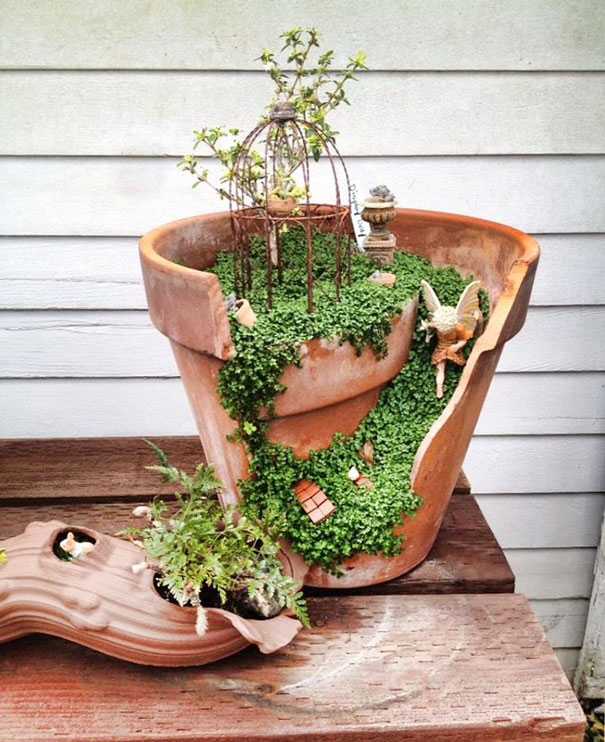 Broken pots turned into brilliant diy fairy gardens bored panda broken pot fairy garden 18 workwithnaturefo