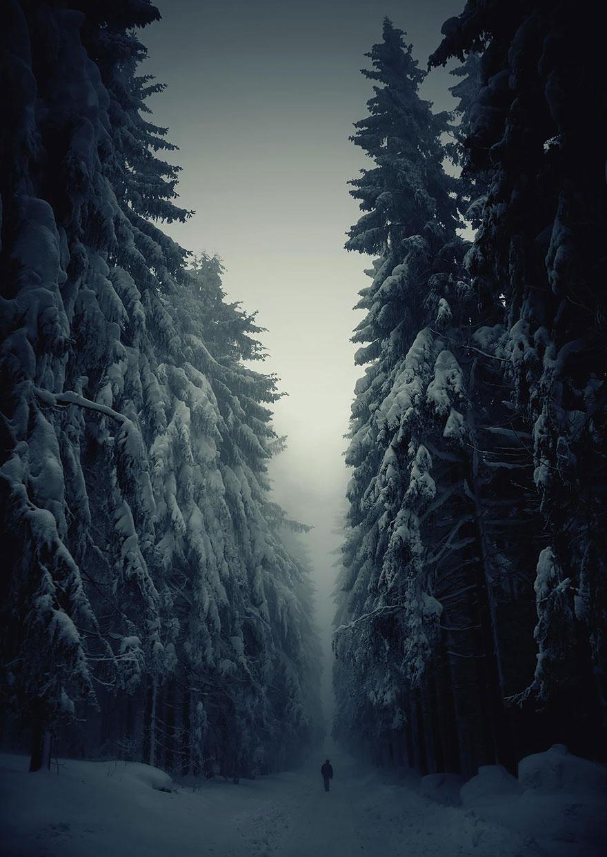 small-man-grand-nature-landscape-photography-202