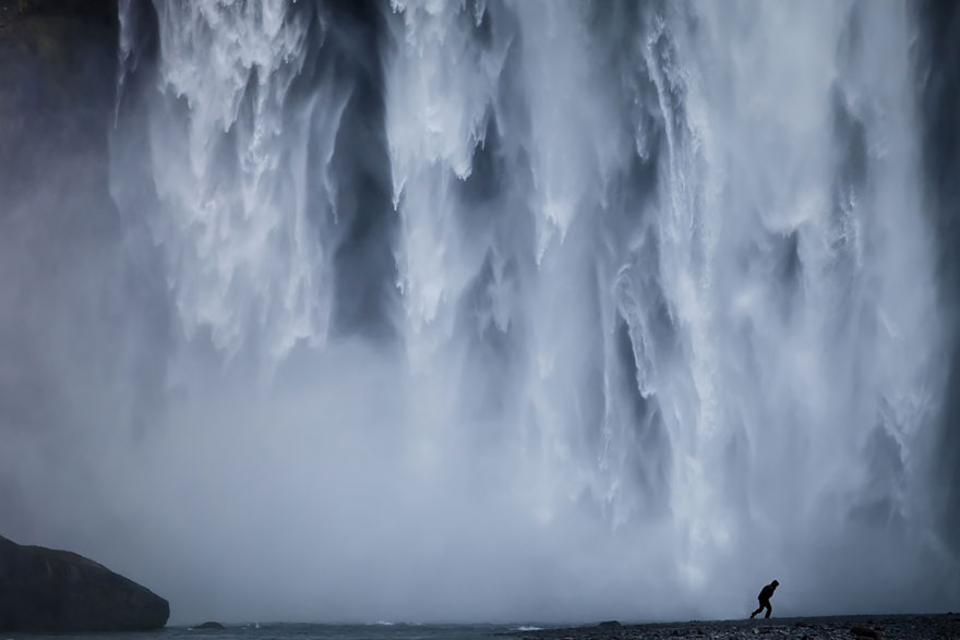 small-man-grand-nature-landscape-photography-207