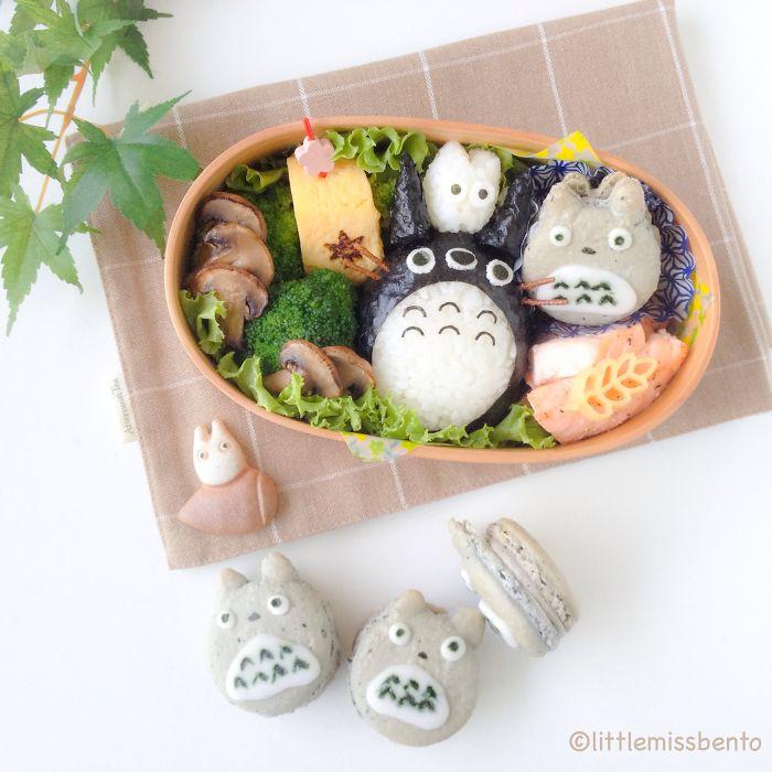 Totoro Bento And Macarons