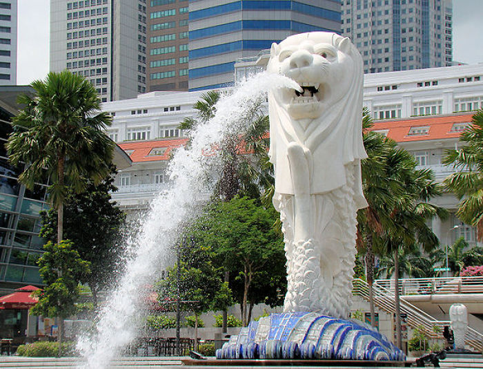 Merlion Fountain At Singapore